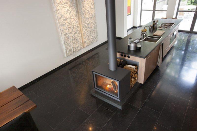 po le bois st v 16 cube marseille chemin e installateurs et vendeurs marseille cheminee. Black Bedroom Furniture Sets. Home Design Ideas