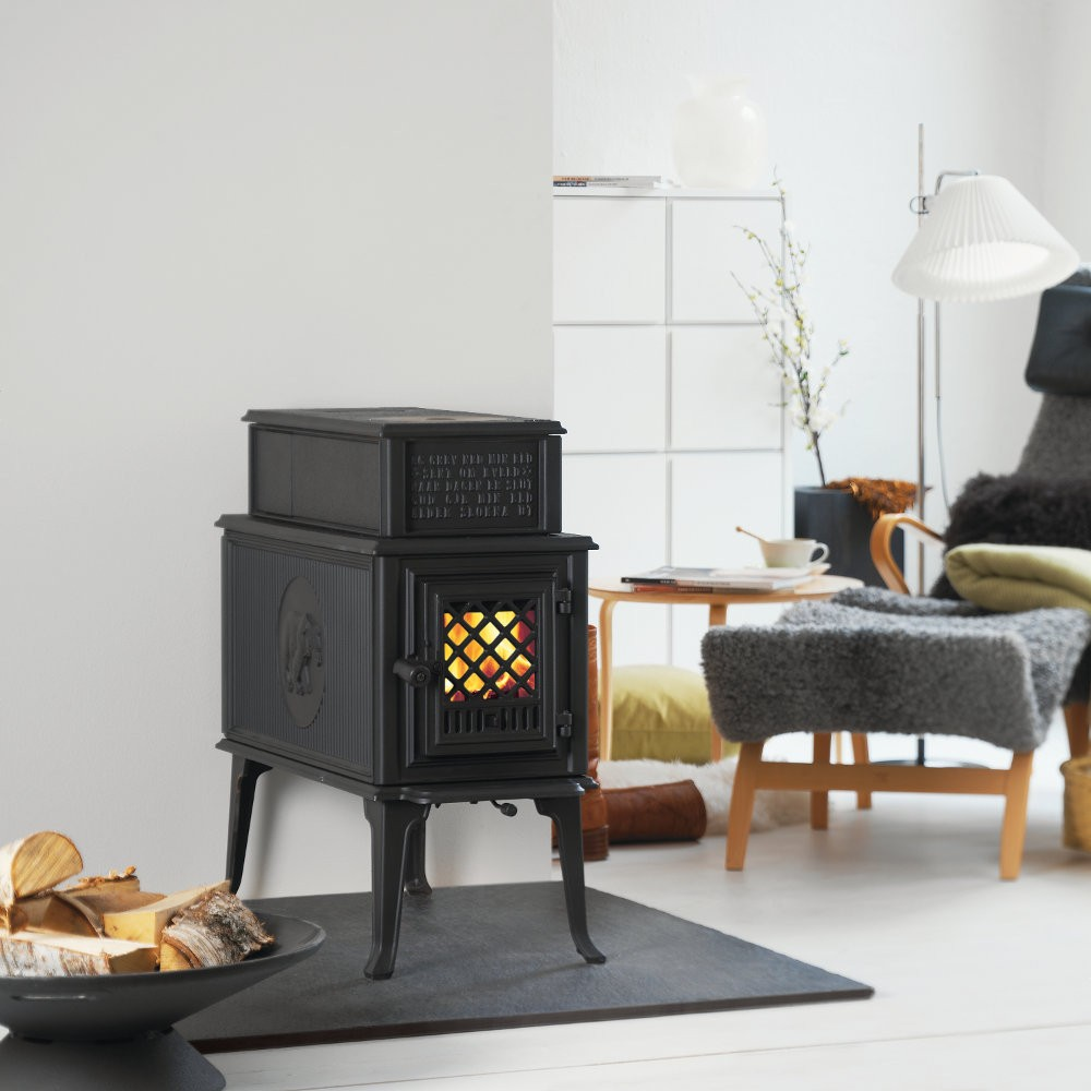 po le en fonte jotul f 118 jotul f 602 chemin e. Black Bedroom Furniture Sets. Home Design Ideas